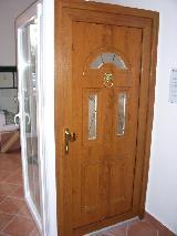 Megbízható és dekoratív bejárati ajtók